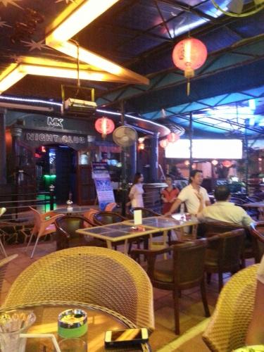 Бар MK, город Вунгтау, провинция Бариа-Вунгтау, Вьетнам