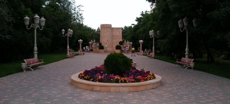 Уменьшенная копия Девичьей башни – символа города Баку