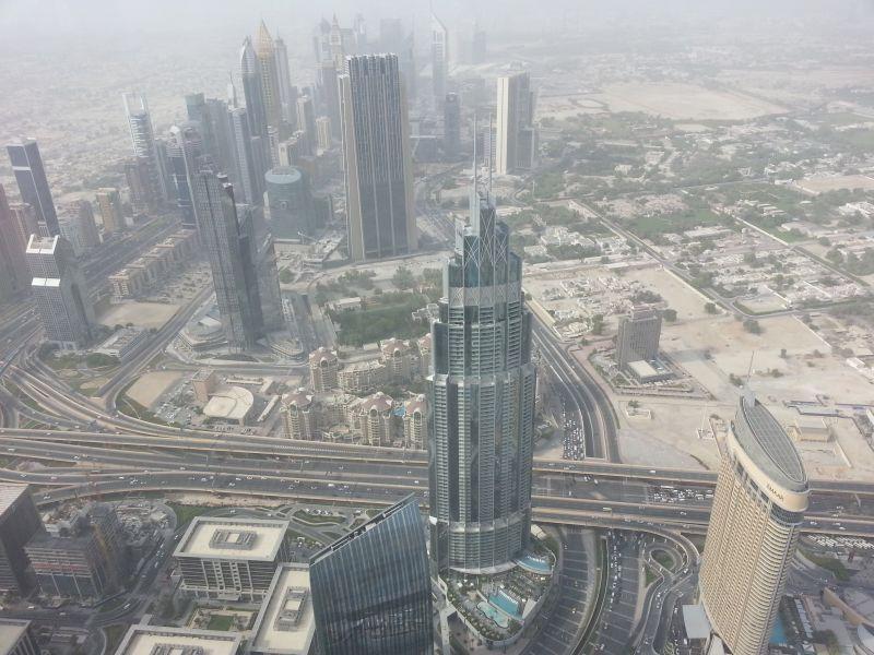 Вид с Бурдж Халифы на центр Дубая